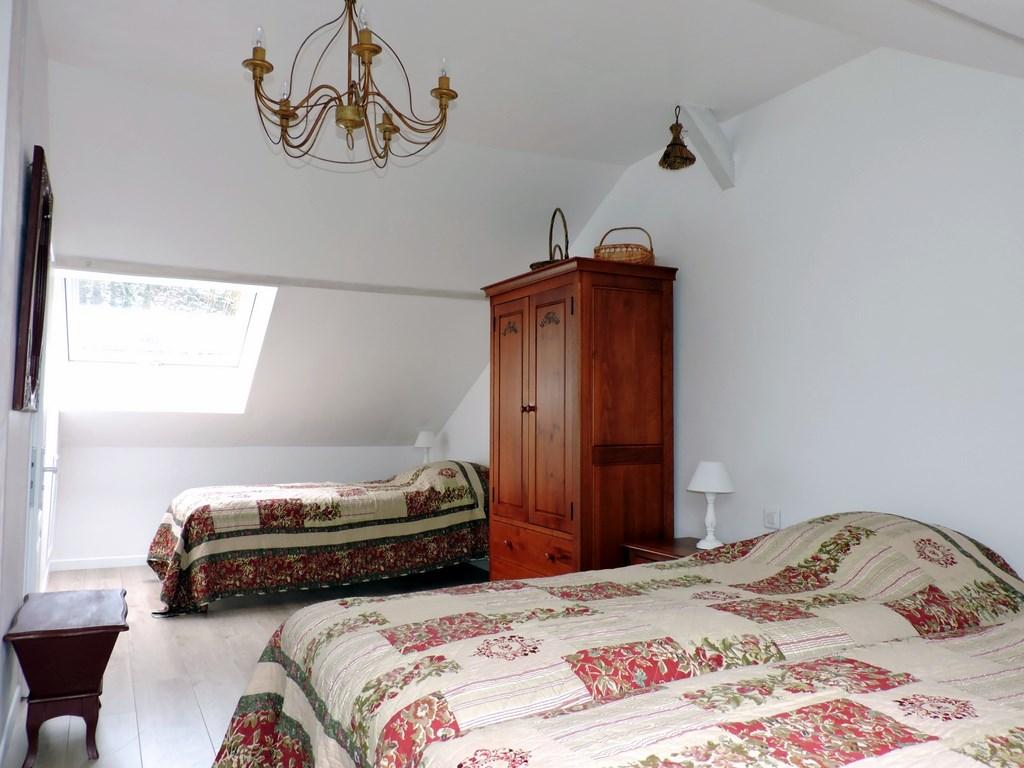 Chambre d 39 h tes spacieuse pour 3 personnes - Savon pour chambres d hotes ...